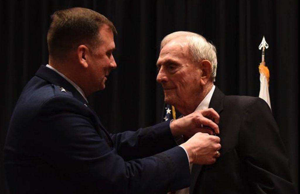 WWII veteran award